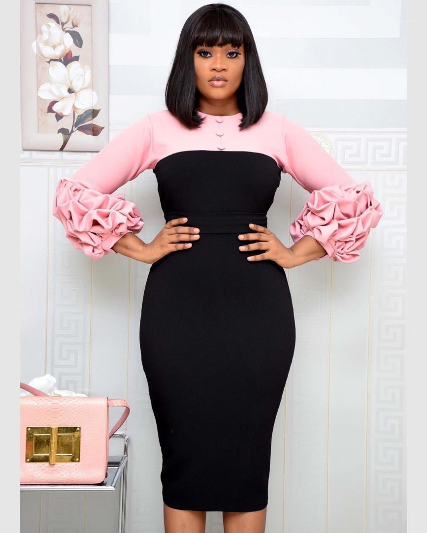 Kleidung Damen Designer Bleistift-Kleider Solid Color Printed Rundhalsausschnitt 3/4 Ärmel Kleider plus Größe Frauen