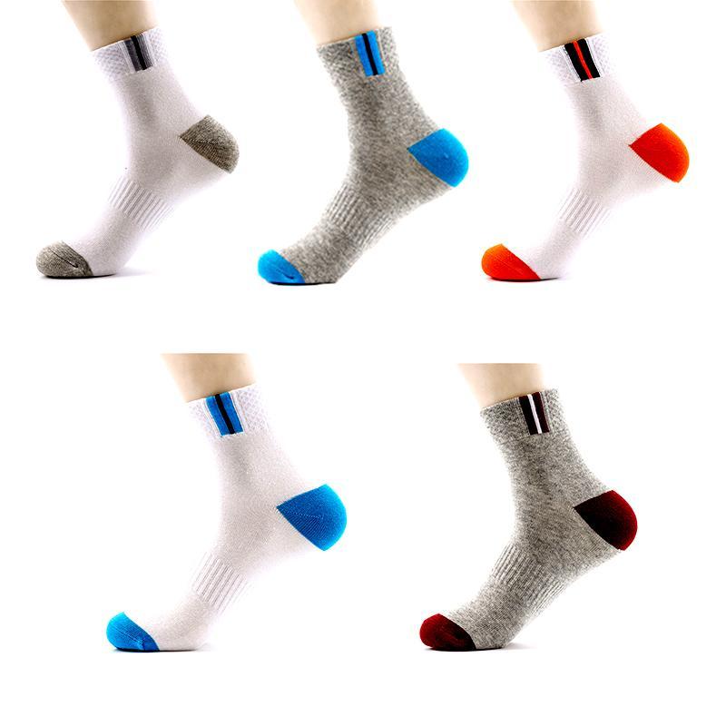 De los hombres calcetines de la raya del negocio calcetines de algodón Sweat Deportes Absorbente corriendo escalada despiece en otoño e invierno