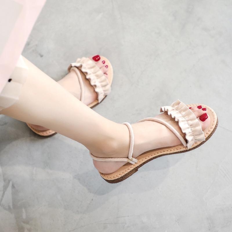Plana de suela de las sandalias de las sandalias de las mujeres del verano al aire libre y zapatillas de moda 2020 nuevos versátiles estilo coreano de un calzado zapatillas de dos desgaste