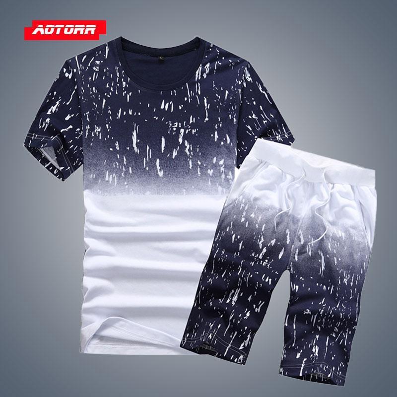 Survêtement Hommes Sets été dégradé 2 Piece Set 2020 Casual Vêtements de sport Vêtements pour hommes Fasion ensembles de shorts de plage style T-shirt + Shorts