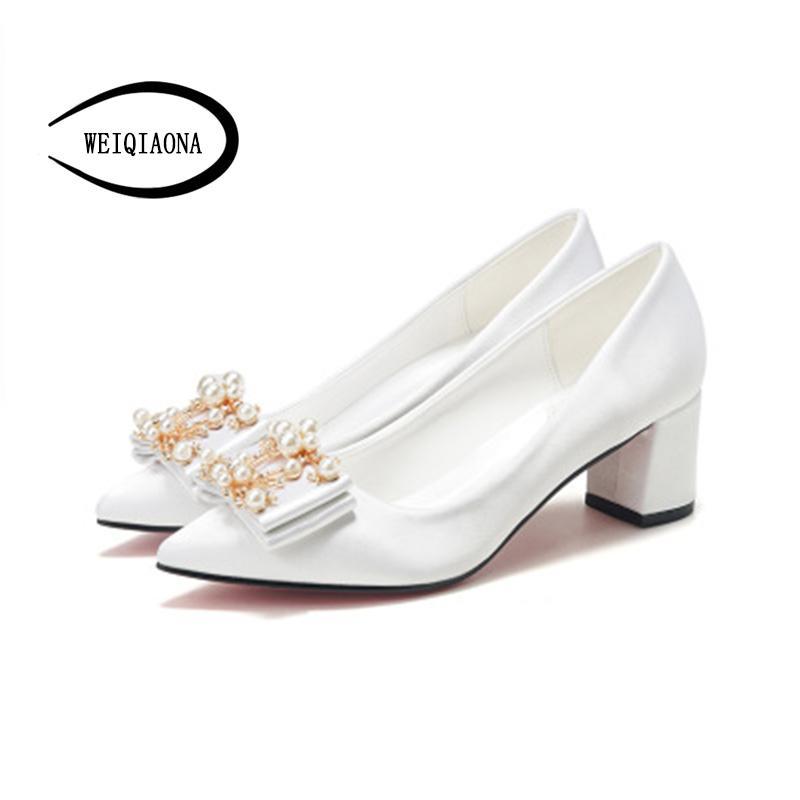 WEIQIAONA Pearl stringa di progettazione donne casuali per i pattini spessi del tallone di moda principessa Shoes Big Size partito