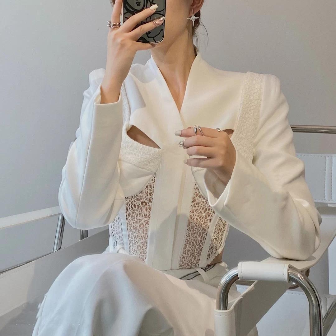 X5T8C hueco-hacia fuera yhM7n traje de encaje de capa de las mujeres que adelgaza la capa del cortocircuito del cordón de la cintura alta de la cintura corte ajustado traje negro y blanco