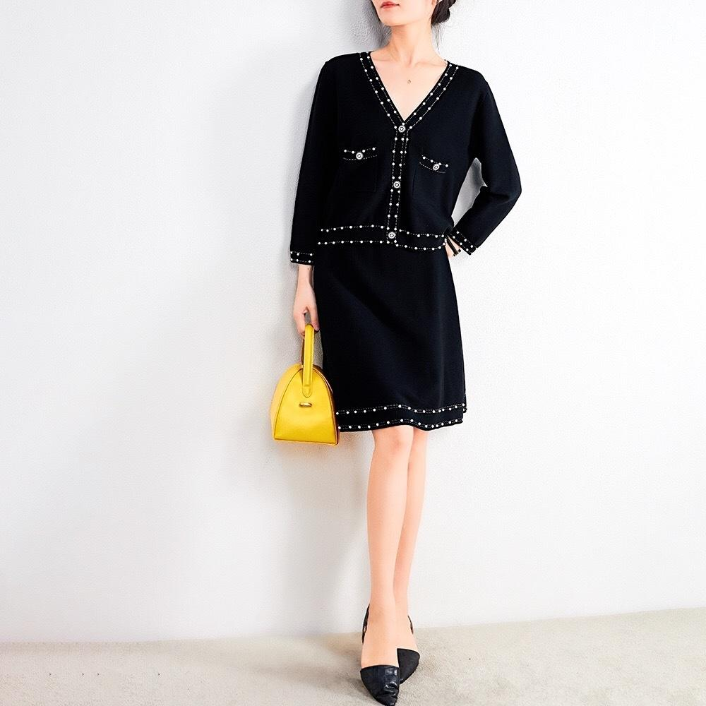 Q6N9p VvxYo Un ensemble fendu Couche de finition oeil fermé élégante poche à encolure en V style parisien perles haut + jupe taille haute tricotée de tir