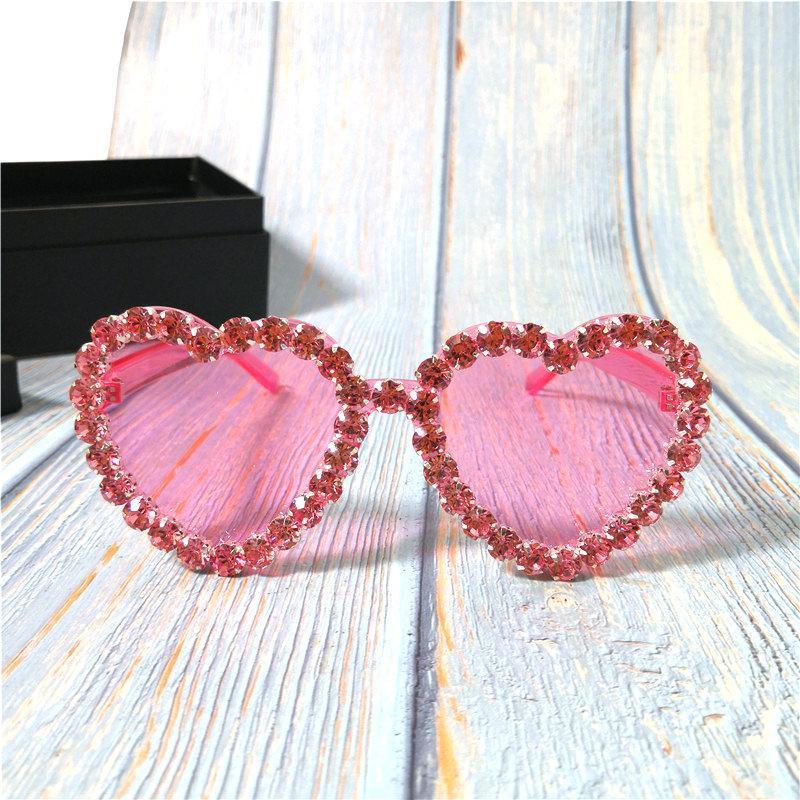Fshion Strass Occhiali da sole Colori di lusso Donne per caramelle Sun Love Glasses Onsorized Pink Sunglasses Shades Donne 2020 FML JSWGC