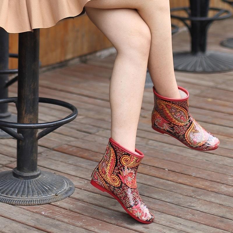 Damen Rubber Fashion Geometric Damen Wasserdichte 2019 Frühlings-Herbst-Beleg auf Frauen Regen Stiefel Schuhe Größe 35-40outlet