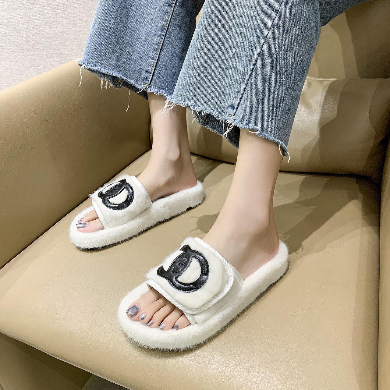 01 pantoufles en laine pantoufles en coton en peluche à l'usure extérieure 2020 automne et coton tête ronde de ménage d'hiver en daim pantoufles chaussures femmes