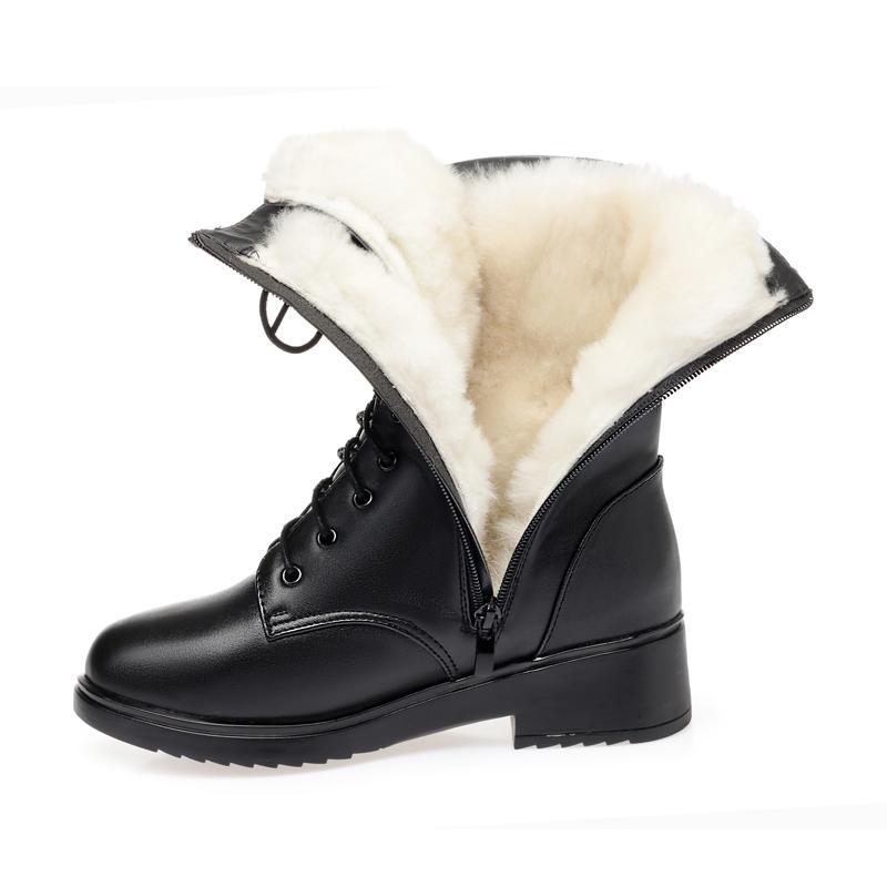 Chaussures d'hiver de femmes en cuir véritable Bottes femmes militaires Grande taille 41 42 43 Casual Bottes Martin femme Bottes de neige