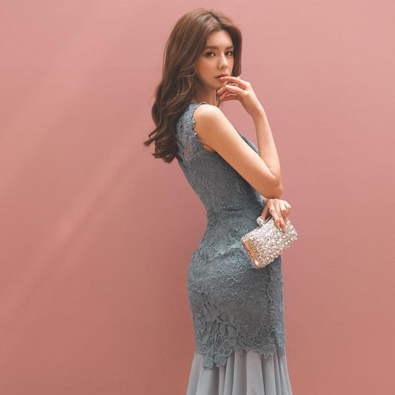 nuovo abito Fishtail pizzo sottile pizzo senza maniche hip-avvolto 2020 cucitura delle donne coreane a coda di pesce pannello esterno della maglia TeURd vestito