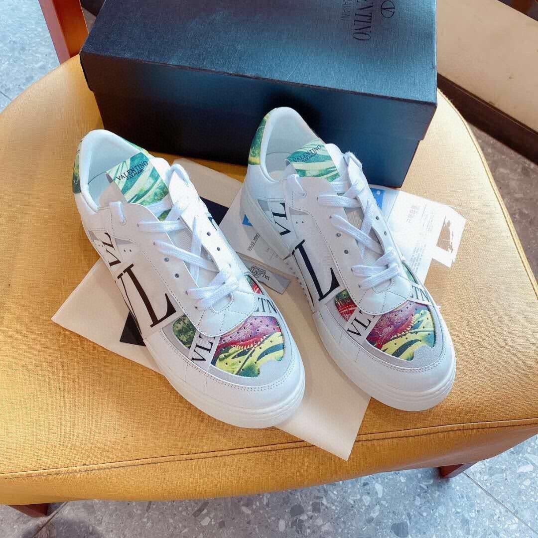 A15 Art und Weise klassische Art-Leder-Turnschuh-Frauen Designer-Schuhe Herren-Designer-Schuhe Hochwertiger Luxus beiläufigen Lace-Up Unisex Schuhe