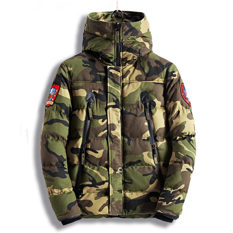 Winter Jacket Men 2020 Hot Sale Camouflage Exército grosso casaco quente de homens Brasão de forma masculino com capuz de algodão acolchoado M-3XL QQ003 Parka