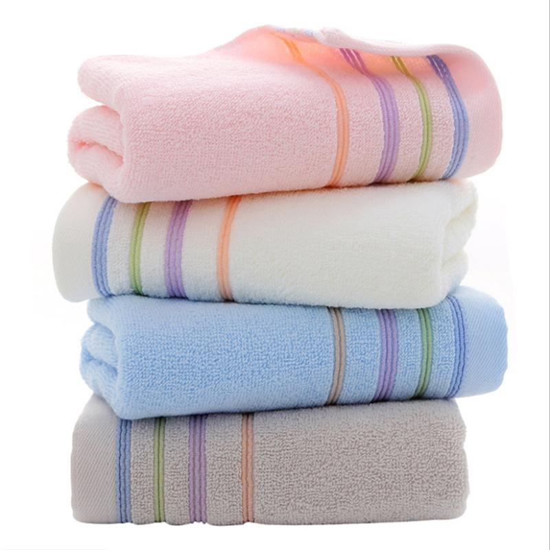 fabricants de serviettes en coton gros serviette d'hôtel 35 * 75cm logo personnalisé
