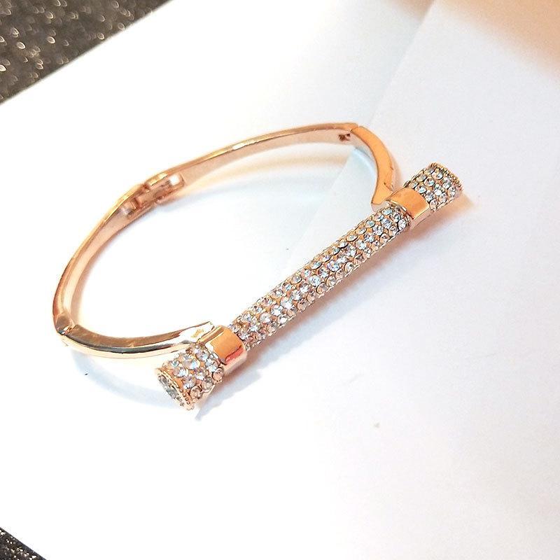 Con brazaletes de las esposas del Rhinestone moda cilíndrico con tachuelas para las mujeres forman plateado / brazaletes de oro rosa pulsera de regalo Femme