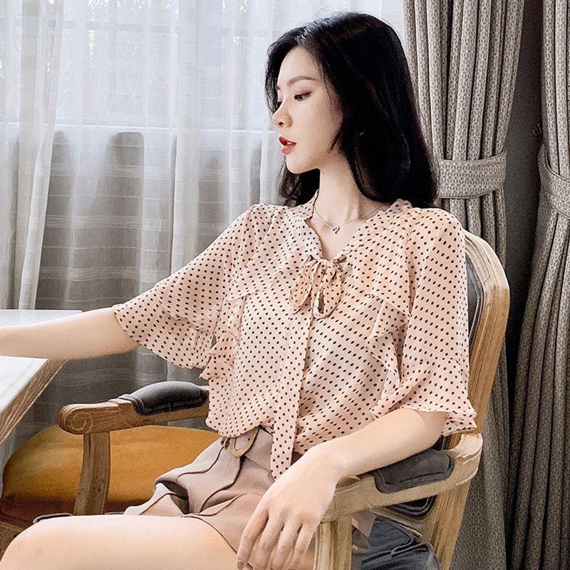 nuevos polka verano de la ropa de las mujeres puntean última moda de manga corta de gasa borde oreja de madera de las mujeres Top de la hada muy occidental estilo de la camisa camisa superior e8F1