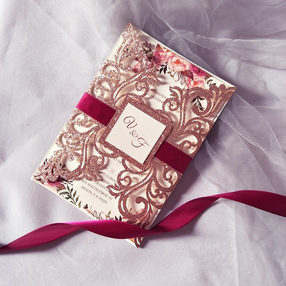 Rosa del brillo del oro Invitación de boda Tarjeta cortadas con láser Invita Flor Personalizar quinceañera boda de la cinta del favor de Suministros