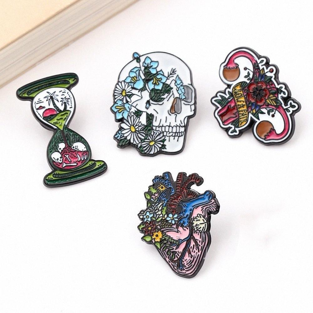 Punk Tarzı Kafatası Serisi Emaye Pim Kum saati Çiçek Kalp Şekli Metal Broş Karikatür Rahim İnsan Organlar Yaka iğneler Yd7D #