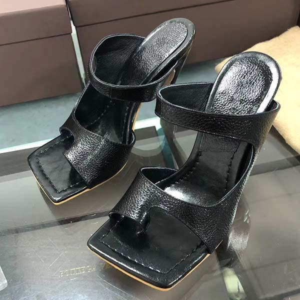 2021 Nuovi sandali Designer Dress Dress Shoes Luxury Flip Flop Nappa Dream Square Toe Sandalo Sandalo Signore Casual Pantofole Casual Tacchi alti con scatola