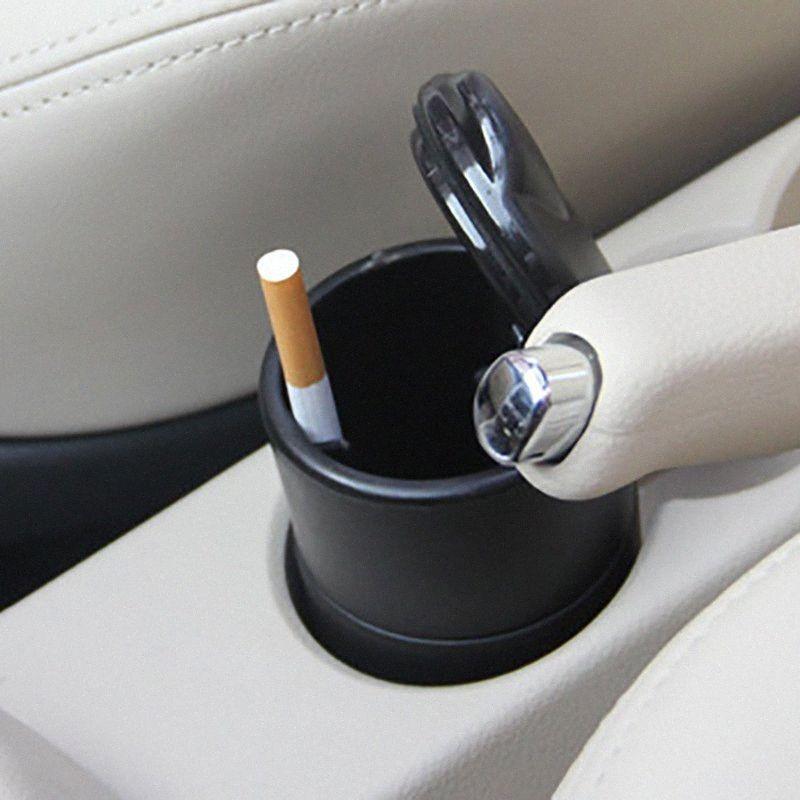 Faible coût vente voiture créatif petit cendrier ignifuge haute flamme PBT avec lampe de couverture voiture intérieur produits cendrier gros sbA7 #