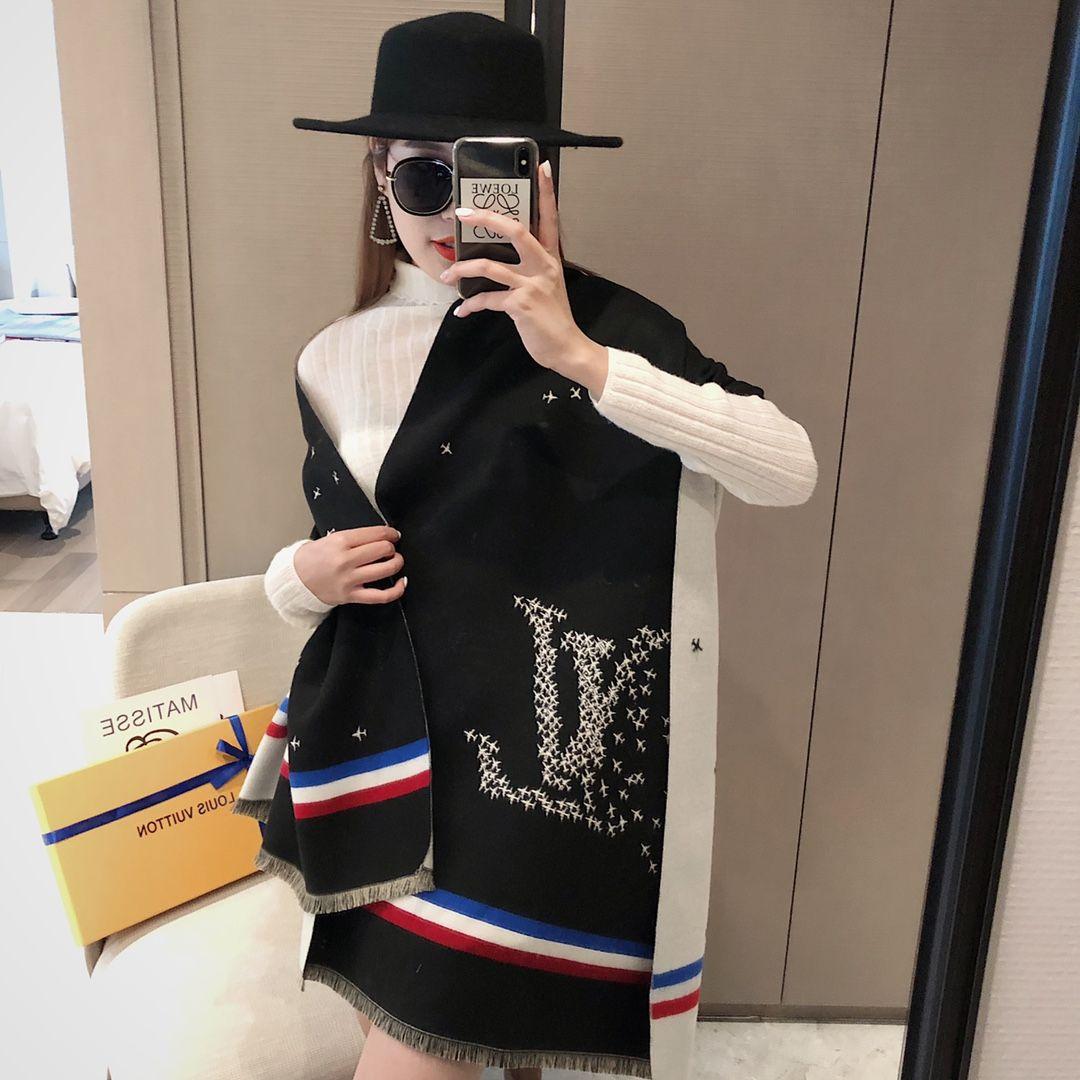haut dernière vente écharpe cachemire d'hiver femme écharpe à carreaux mode écharpe en laine de marque classique femme-3