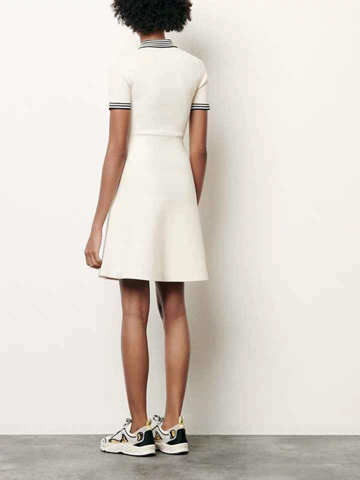 Fadan Startseite 2020 Frühling und Sommerkleid der neuen Dame Taille schlank POLO Kragen nähen elegante A- förmige für Frauen Strickkleid