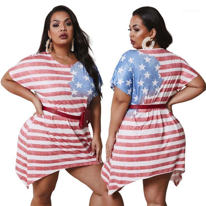بالاضافة الى حجم الحضرية أوقات الفراغ نمط النساء الملابس الصيفية المرأة فساتين مصمم العلم الأميركي المطبوعة غير النظامية اللباس