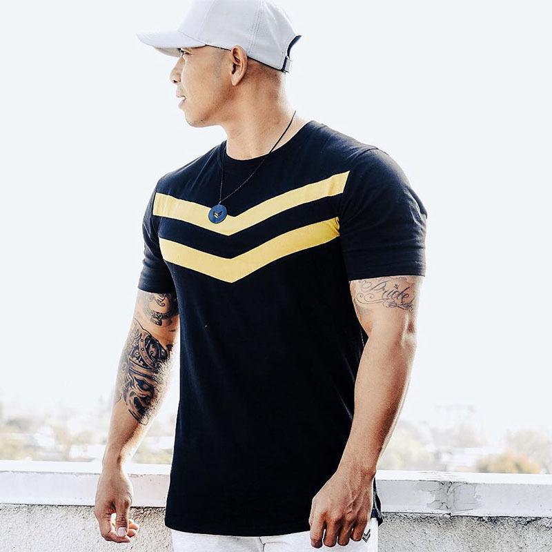 Мышцы Brother Summer Фитнес Спорт Обучение футболки мужчин в Европе и Америке Новый стиль Casual чистого хлопка шеи экипажа с коротким рукавом