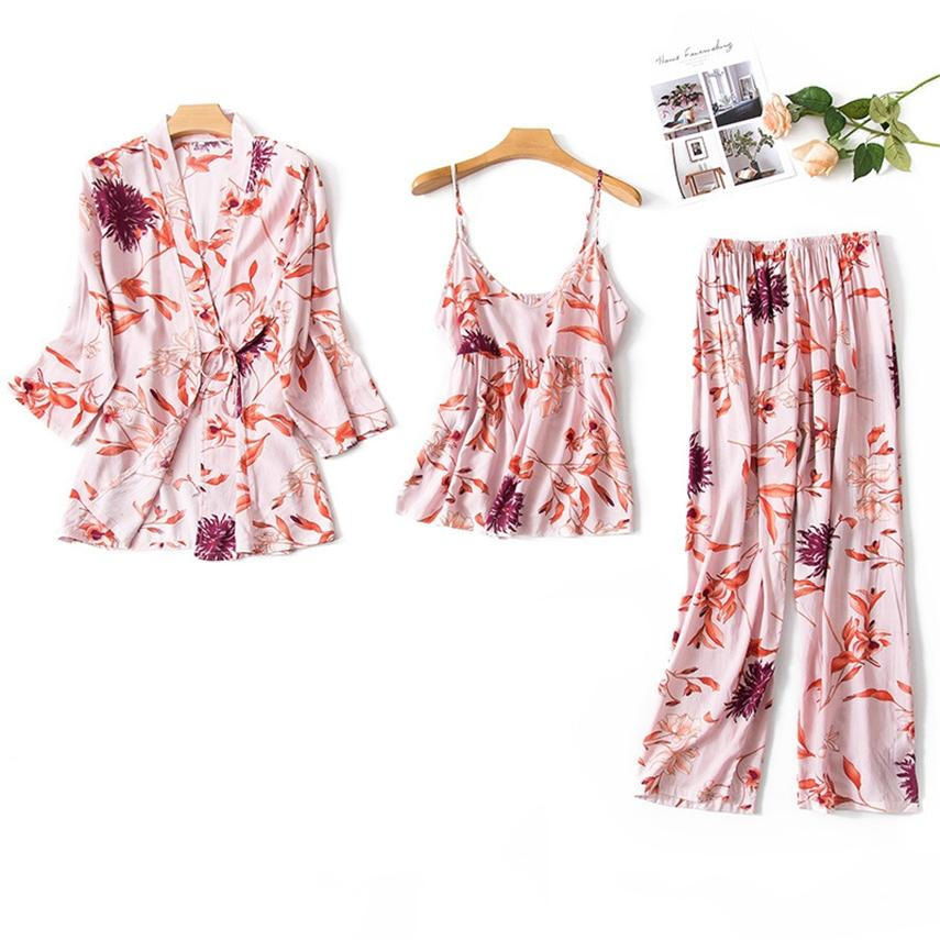 여성 3PCS 홈 착용 의류 2020 패션 새틴 잠옷 꽃면 숙녀 섹시한 느슨한 수면 잠옷 세트를 인쇄