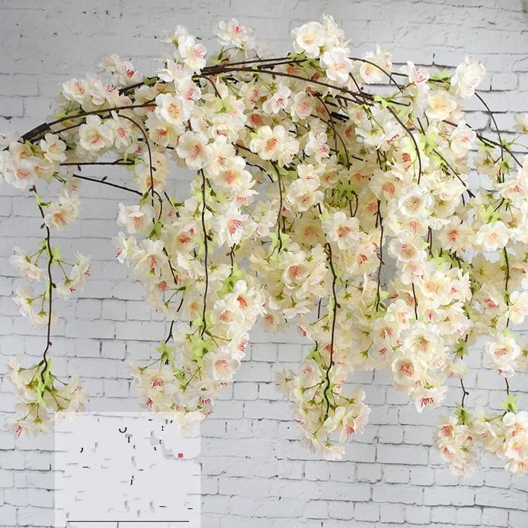 5 Couleur artificielle Fleur de cerisier Branche fleur de mur suspendu Sakura 135cm pour mariage Fleurs artificielles décoratives Centerpieces