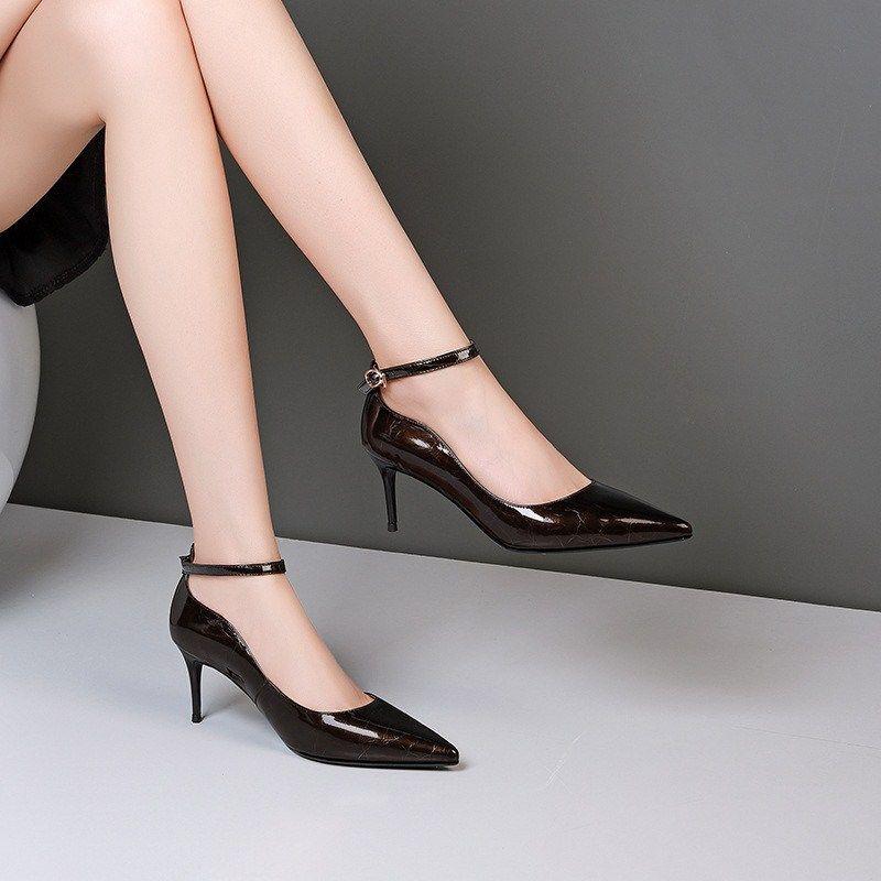 Thin Stöckel hochhackige Mode Wilde Spitze der Frauen-echter Leder-Schuh New Fall in ihrem