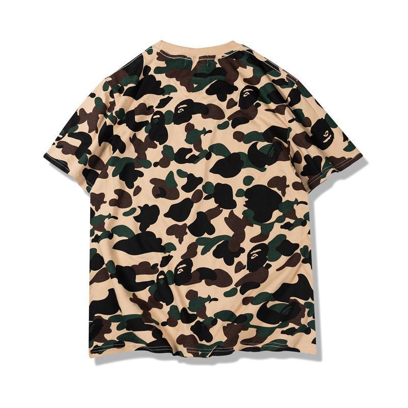 2020 de estilo japonés popular Marca camuflaje de gran tamaño holgado de cuello redondo suéter ocasional del adolescente manga corta camiseta embroi