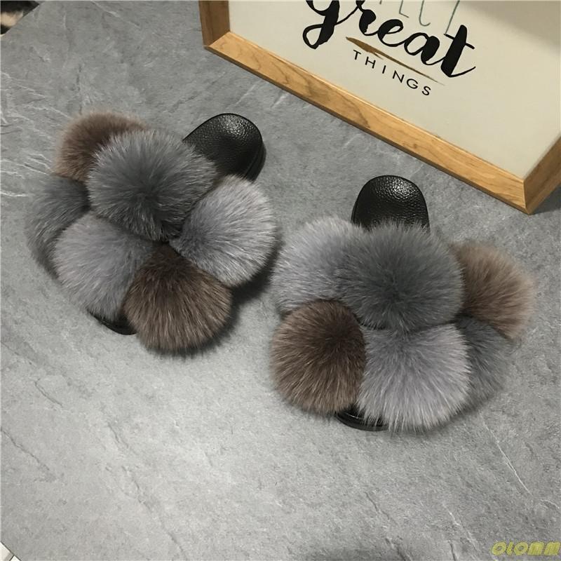 Pom Pom Fur pantofole per le donne Fluffy pelliccia reale diapositive Furry Raccoon sandali delle signore sfera sveglia Flip Flops Arcobaleno scarpe