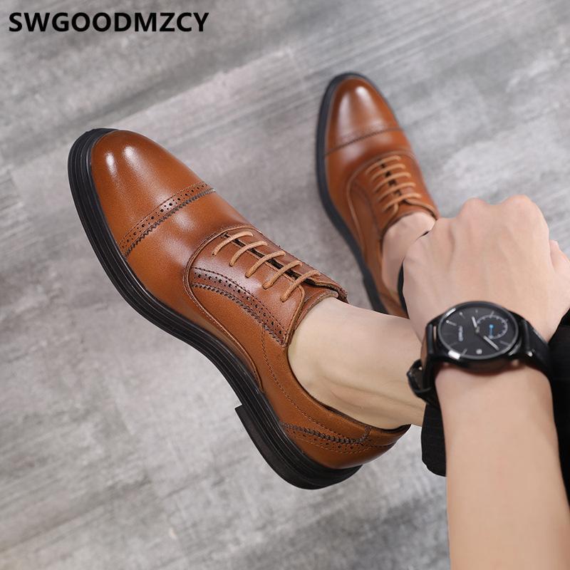 Brogues Mens formais sapatos de couro genuíno preto desenhista calça homens italianos do casamento Homens Chaussures Hommes En Cuir Luxe 2020