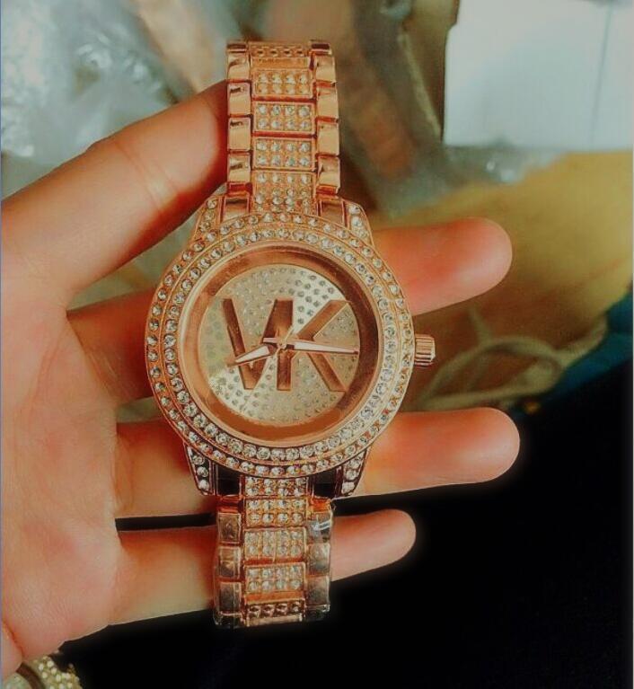 أزياء السيدات ووتش الوردي الماس ساعات نسائية مصمم كريستال الهاتفي روز سوار الذهب ووتش على مدار الساعة الفولاذ المقاوم للصدأ