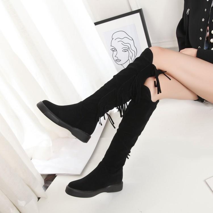 El tamaño grande 9 10 11 12 botas de invierno de las mujeres botas mujer botas zapatos de las mujeres plisado manga de la borla colgante de cabeza redonda de espesor inferior