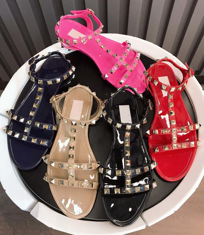 2020 الصيف النساء شقة النعال برشام المصارع شاطئ الأزياء النعال الجديدة لطيف اللون الحلو امرأة اللمحة تو السيدات أحذية size35-42