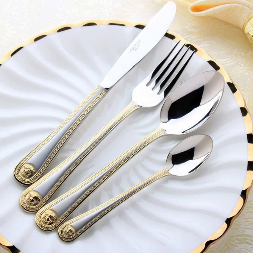 QL 4 pc / set Vintage occidentale placcato oro da tavola di cena Fork Knife Set d'oro Set di posate in acciaio inox da tavola Incisione Y200610