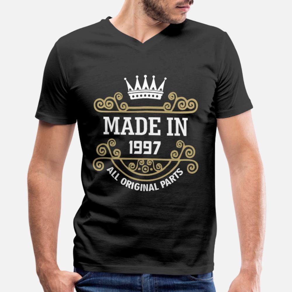 Born In 1997 camisetas homens Designing manga curta em torno camisa Neck roupas anti-rugas Básico Primavera Vintage