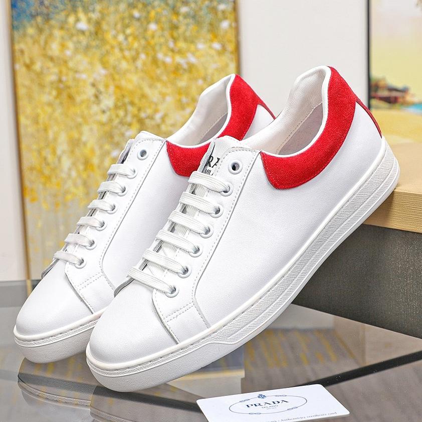 Nueva alta calidad para hombre zapatos casuales, zapatos planos de cuero, zapatillas de deporte de las botas para hombre, zapatos casuales clásicos, zapatos para caminar de entrega gratuita. Qwi