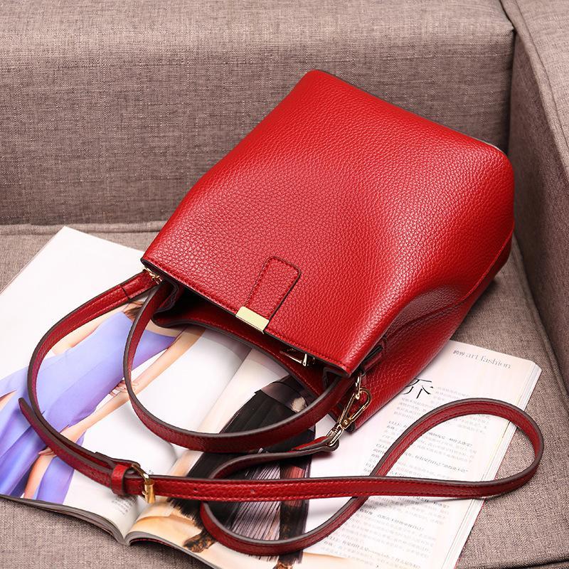 RanHuang 2020 Nouvelle Arrivée Femmes Sacs Bucket Mode de haute qualité en cuir PU Sacs à main épaule Designer Sac messenger rouge