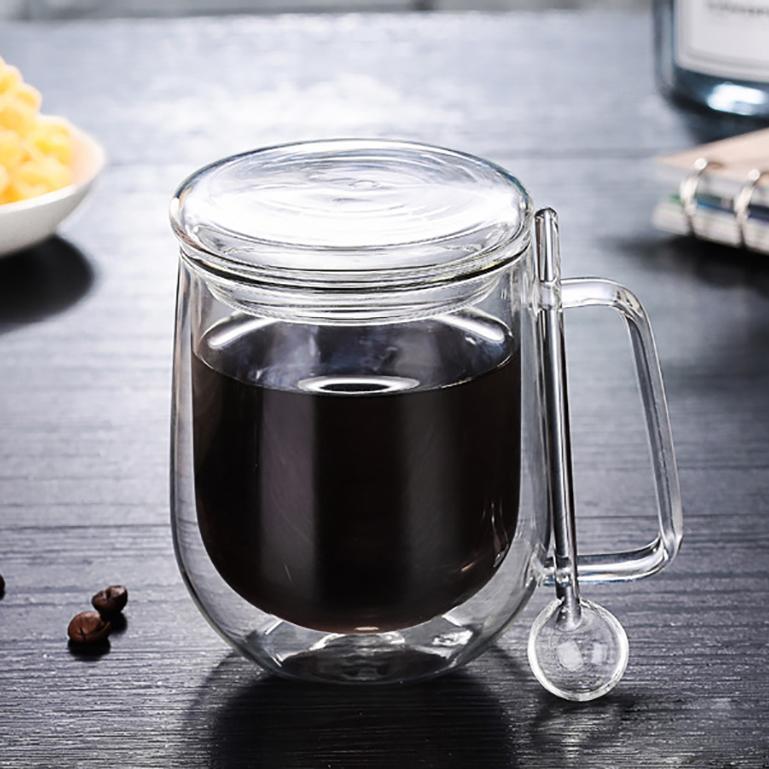 أزياء عالية الجودة البورسليكات العزل مقاومة للحرارة الجدار المزدوج الزجاج أكواب الشاي الزجاج حليب القهوة شرب بهلوان مع غطاء وملعقة