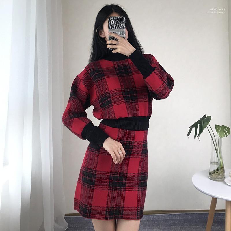 Kadın 2PCS Triko Elbise Dişiler Giyim Ekose Baskı Tasarımcı 2PCS Elbiseler Moda Vintage Uzun Kollu Kısa Etek Womens