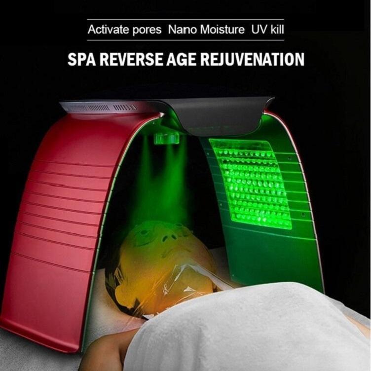 2020 الجديد 7 ألوان PDT LED آلة العلاج بالضوء مع نانو رش رذاذ البخار سينثيا