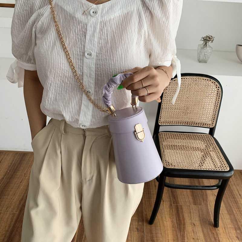 Pequeñas bolsas de asas para las mujeres del verano 2020 mujeres de los bolsos de lujo diseñador cuero de la PU del hombro del mensajero del color sólido