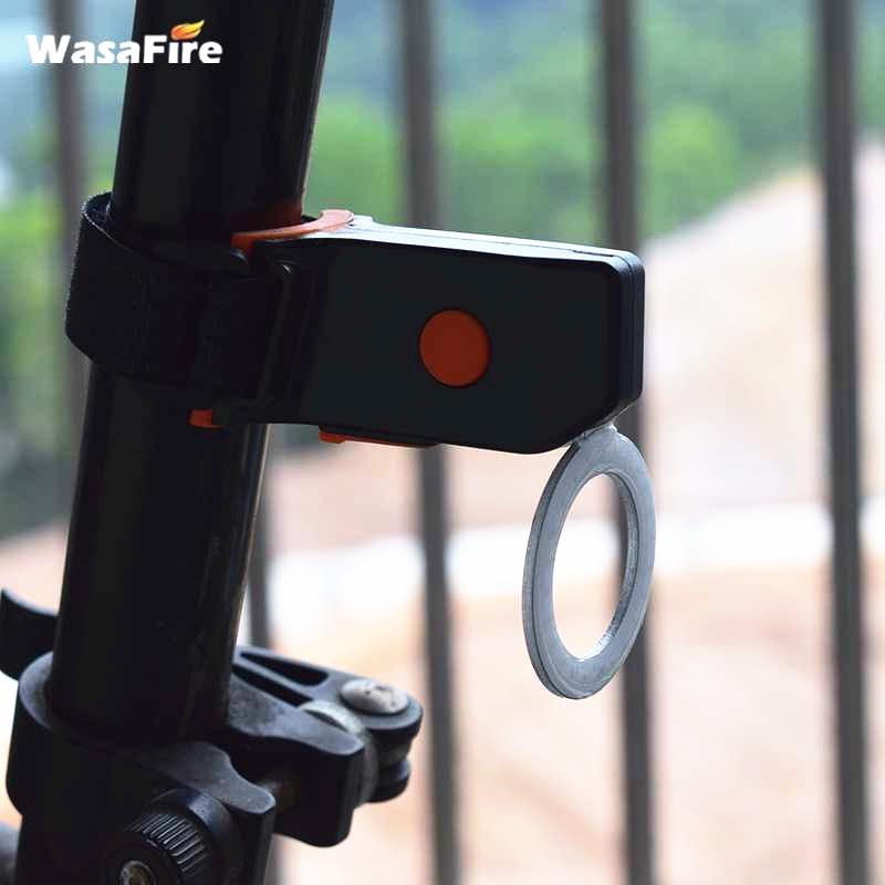 Posteriore della bicicletta Lanterna IP64 impermeabile USB Coda di carica Luci MTB Bike Accessories rotonda chiara lampada di coda