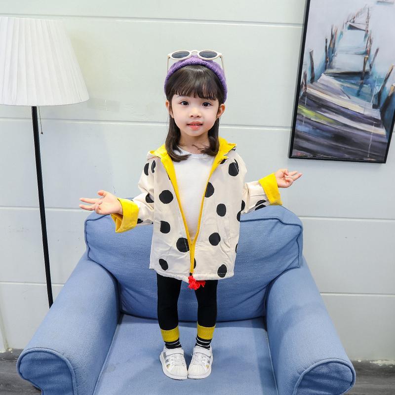 Niño de la muchacha ropa de los bebés chaquetas de primavera con capucha Cazadora de lunares reversibles ropa de los niños de la chaqueta chaqueta de los niños