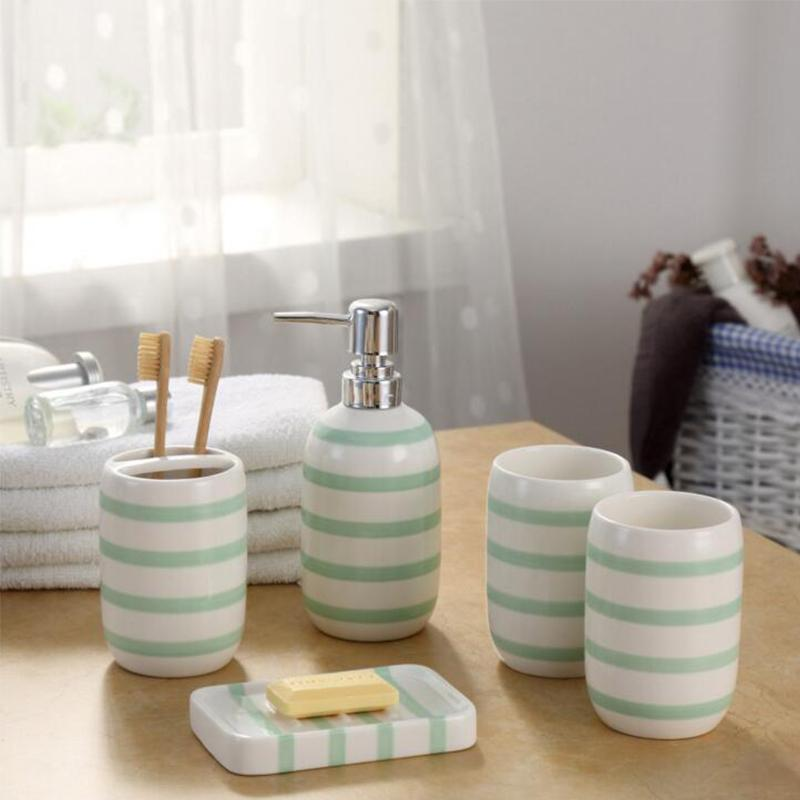 Salle de bains en céramique Accessoires Porte-brosses à dents Distributeur de savon Coupes vaisselle 5piece / Set rayé Green Home Hotel Bath Room Produits