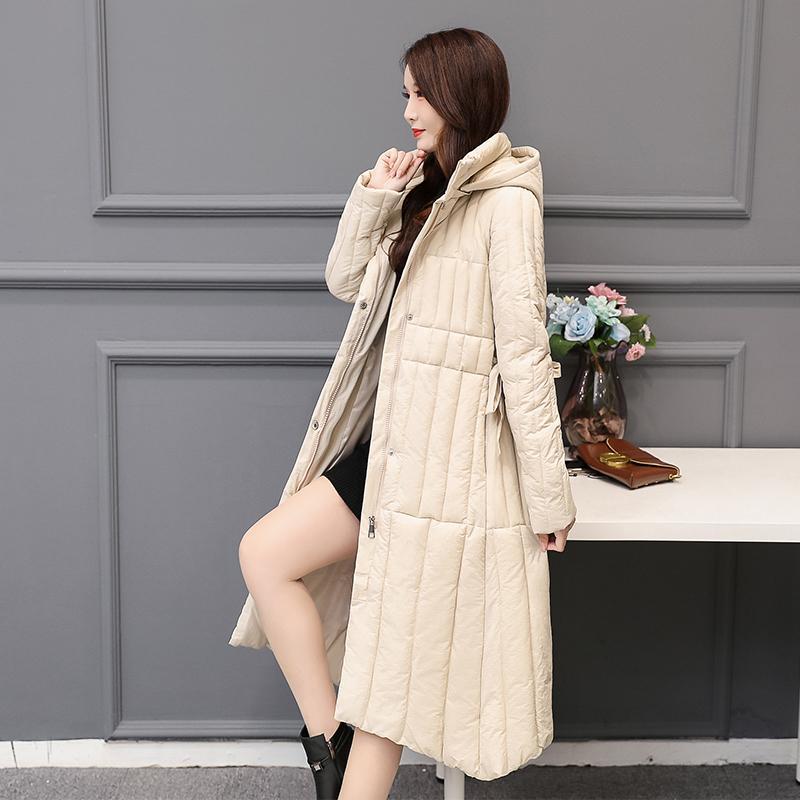 Мода Длинные вниз пальто хлопка Женщины Сыпучие проложенный Зимняя куртка Женщины ветровки с капюшоном Теплый Толстые зимы женщин пальто Верхняя одежда Q2851