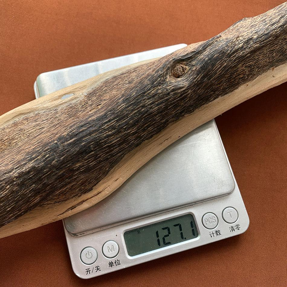 127g Authentic Natural Chinese HaiNan agarwood oudh wood block old home fragrances collection good decor