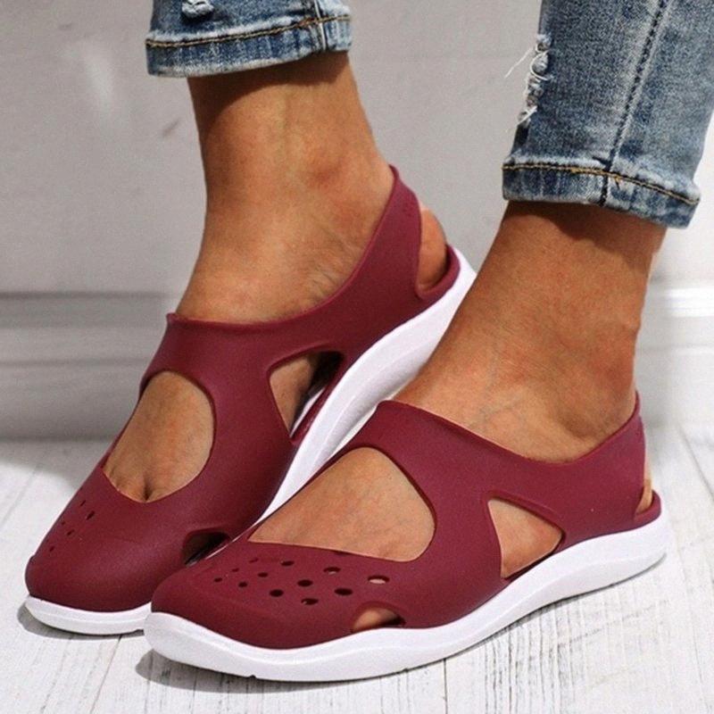 2020 Summer Femmes trou Chaussures sandales de plage évider Chaussures Baotou Antiderapant doux Bas Jelly étudiants 8AgI #