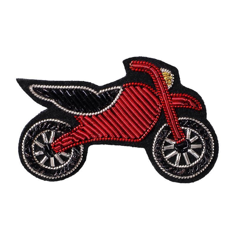 Pasador fijo ropa antideslumbrante hebilla creativa Motocicleta roja del coche de deportes insignia broche de hombres y mujeres de gama alta Pequeños accesorios