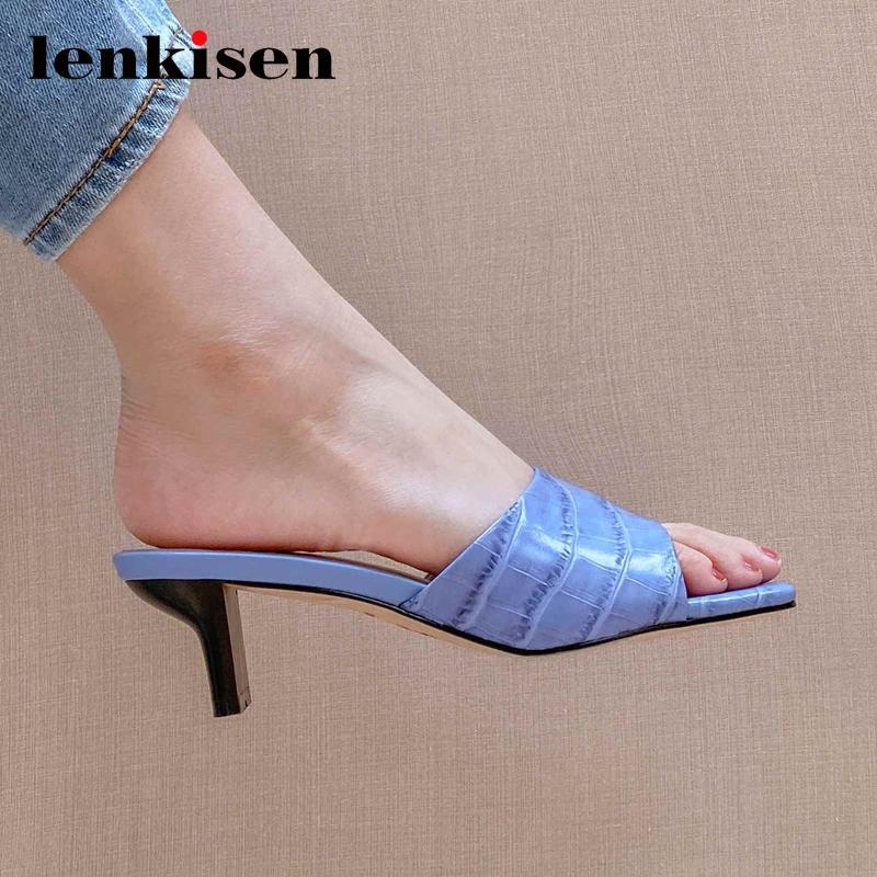 Lenkisen couro genuíno padrão de pedra atravessar moda pio quadrado toe med estranho deslizamento calcanhar no mulas mulheres sandálias de verão L65